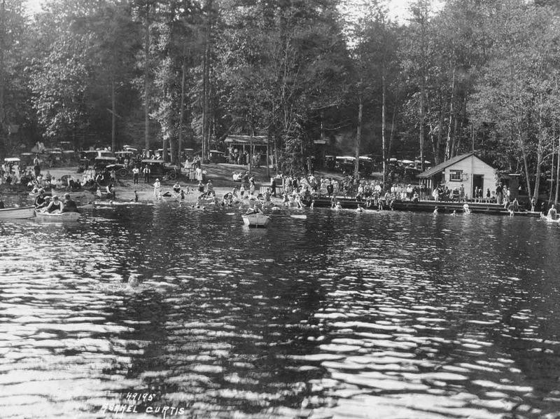 Lake 12 - 1943.42.49195