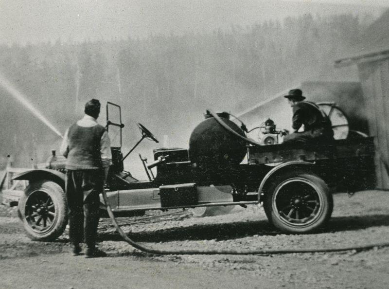 1910 Fire Engine