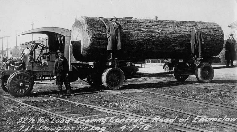 Logging truck 1918