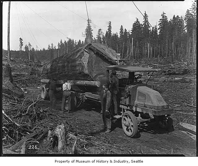 Logging truck 1925