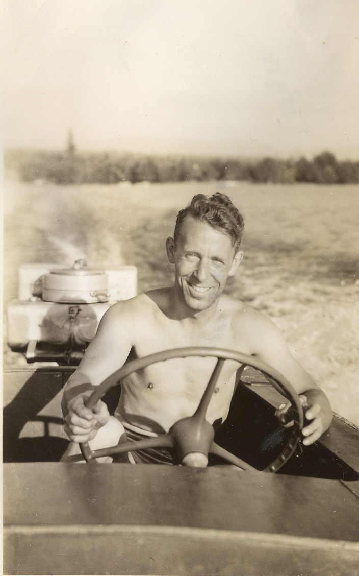 046 Jack Sperry Drives the Zipper in 1948 (Leon Williams owned boat believed first speedboat on Lake Sawyer in 1938)