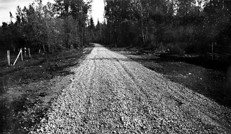 Paving on auburn enumclaw highway 1915