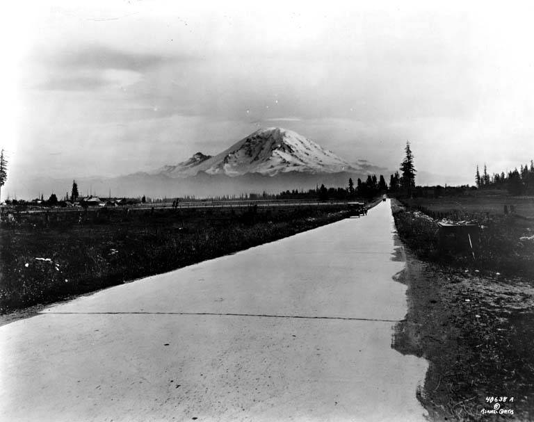 Paved highway auburn to enumclaw mt rainier 1920