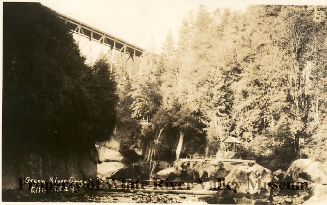Green river gorge resort bridge 1923