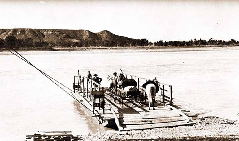 Swing ferry