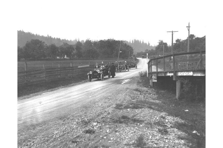Green valley road auto 1915