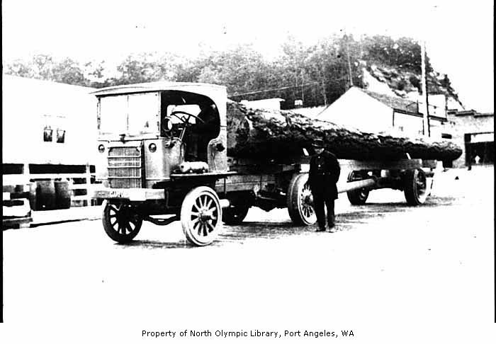 1919 log truck