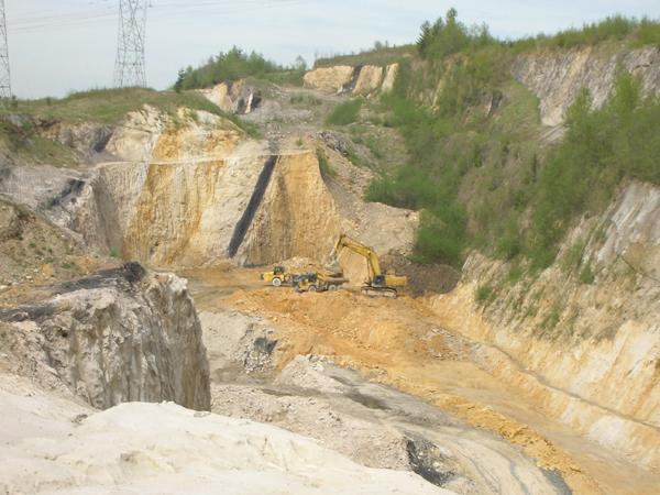 Reserve silica mine