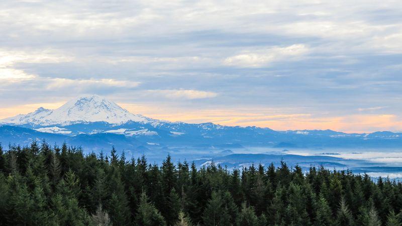 Mount rainier 5-3348