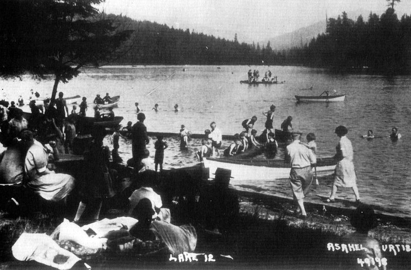 Lake 12 resort