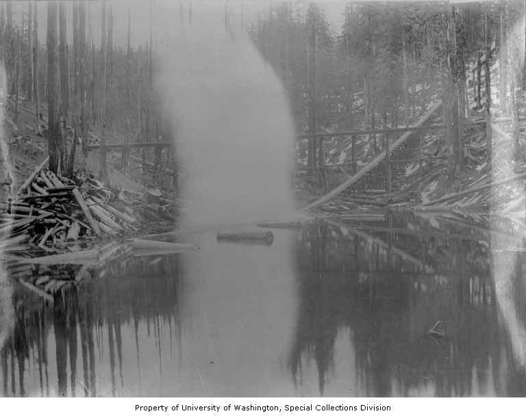 Log chute 1897